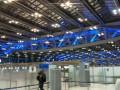 Огромные пространства бангкокского аэропорта в 6 утра